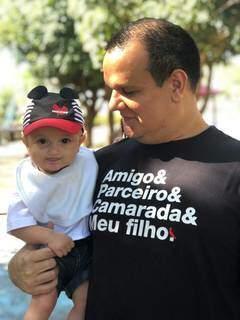 Miguel com o filho, o pequeno da Davi, antes do infarto (Foto: Arquivo Pessoal)