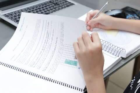 Prefeitura prorroga aulas remotas na rede pública de ensino