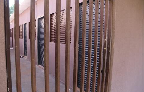 Vindos do Amazonas gêmeos executados foram achados em colchão na Mata do Jacinto
