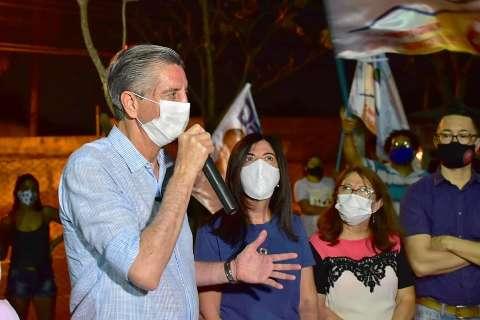 Apesar da pandemia, candidatos não abandonam as campanhas nas ruas