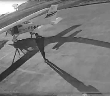 "MP denuncia piloto, vigia e caça primo de ""Marcola do PCC"" por roubo de aeronave"