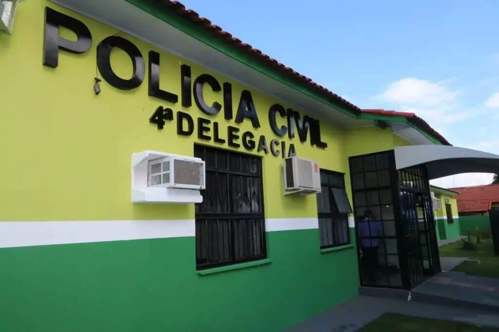 Preso foi levado para a 4ª Delegacia de Polícia nas Moreninhas (Foto: Divulgação)