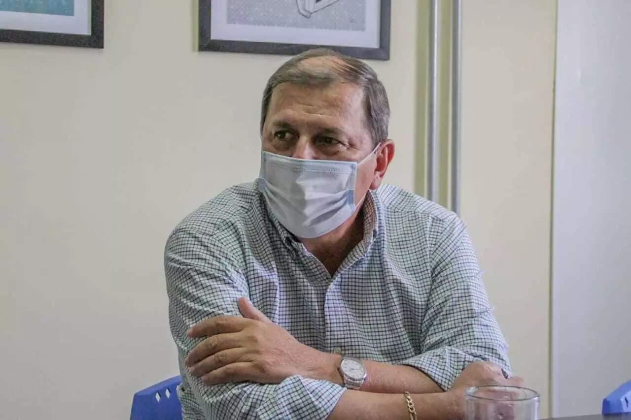 Presidente do PSDB, Sérgio de Paula, durante entrevista (Foto: Silas Lima)