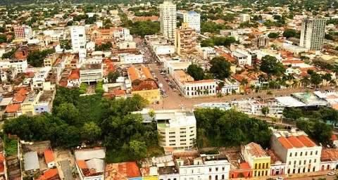 Corumbá fica sem internet de novo e moradores não conseguem nem falar no Whats