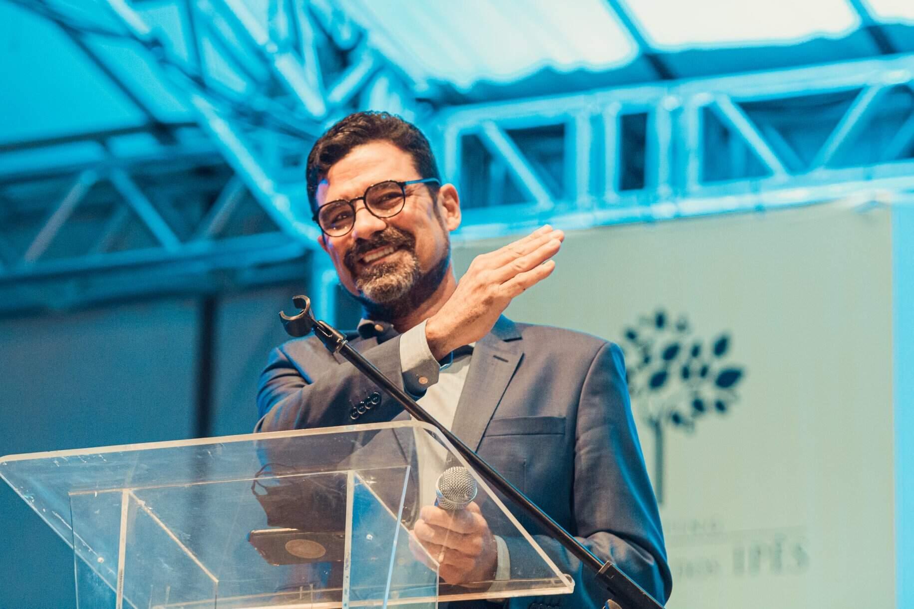 Candidato a prefeito, Sérgio Harfouche (Avante), durante evento de campanha (Foto: Reprodução - Facebook)