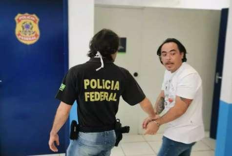 """Contrabandista """"Pingo"""" é levado para cadeia pública de Foz do Iguaçu"""