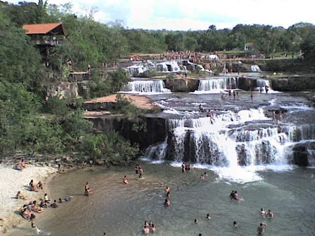 Cachoeiras em Rio Verde, a 170 km de Campo Grande, um dos destinos mais procurados pelos turistas (Foto: Divulgação/Arquivo)