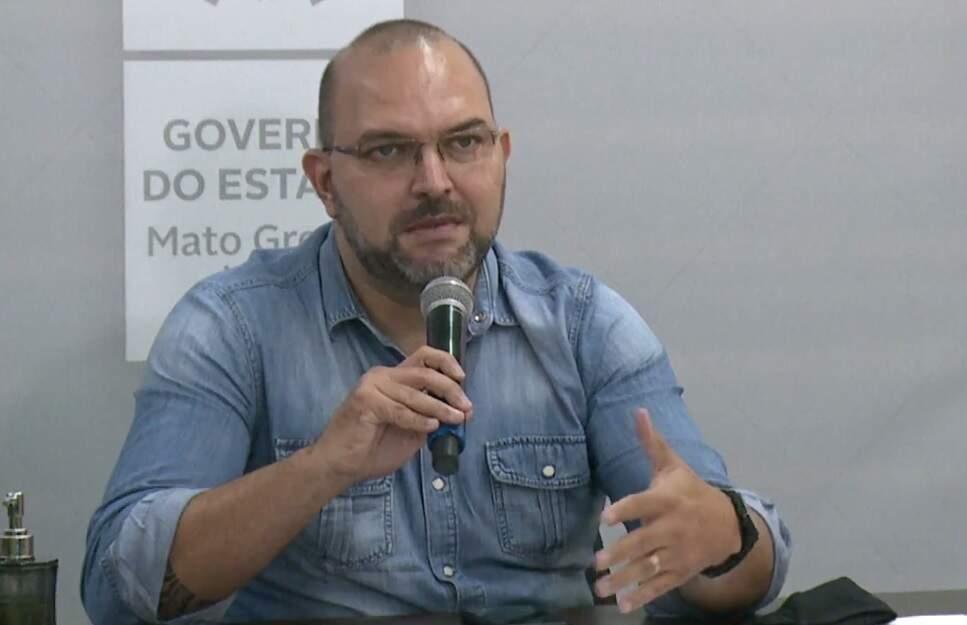 Hélio Daher, superintendente de políticas de educação da SED, em transmissão esta tarde. (Foto: Reprodução Live SED)