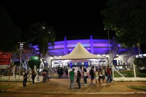 Animada com reinauguração, torcida quer mais jogos no ginásio Guanandizão