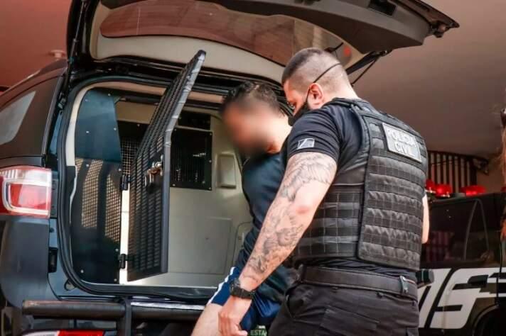 Professor foi preso e levado para a DEPCA em agosto (Foto: Henrique Kawaminami/Arquivo)