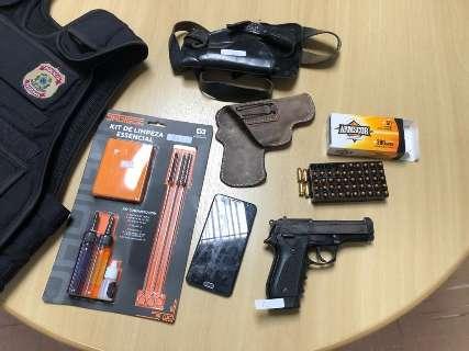 Na Capital, síndico é preso com pistola em ação da PF contra tráfico e lavagem