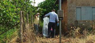 Restos mortais que seriam de chargista foram encontrados em casa abandonada (Foto: Kísie Ainoã)