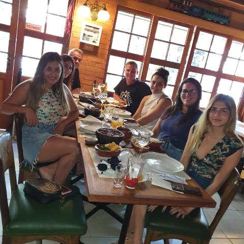 Família Maggioni comemora aniversário em grande estilo