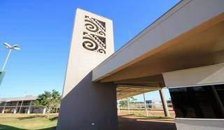 Fachada da Universidade Estadual de Mato Grosso do Sul em Campo Grande (Foto: Edmir Rodrigues)