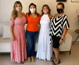 As vereadoras eleitas Cristina Fiuza, Joana Michalski, Vanda Camilo e Juscinei Claro (Foto: Divulgação - Facebook)