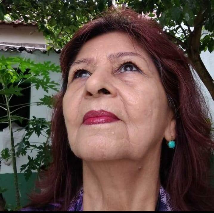 Minha mãe, Luzia Morel, semanas antes de ser dignosticada com covid-19. (Foto: Arquivo Pessoal)