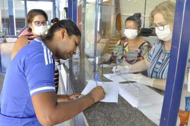 Decreto obriga uso de máscara em repartições (Foto/Arquivo)