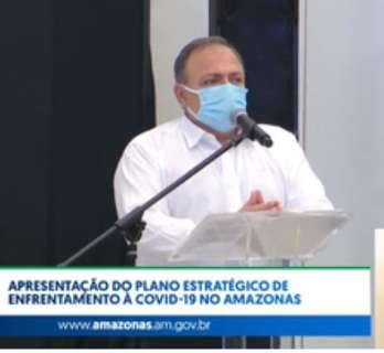 Ministro diz que vacinação pode priorizar 1ª dose e chega a todos estados junto