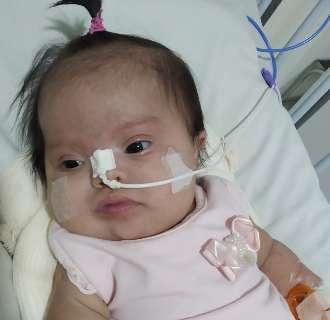 Entubada por covid, bebê de 2 meses aguarda por leito em UTI há mais de 8h