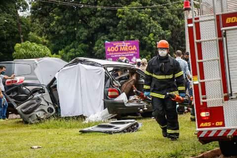 Briga entre jovens que levou a acidente com 2 mortes começou há dias, pelo Whats
