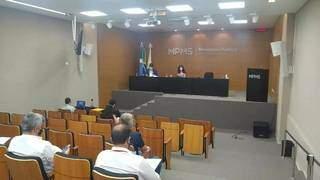 Foram diversas reuniões entre representantes das escolas particulares, Ministério Público e sindicato que representa escolas particulares. (Foto: Arquivo/Ana Paula Chuva)