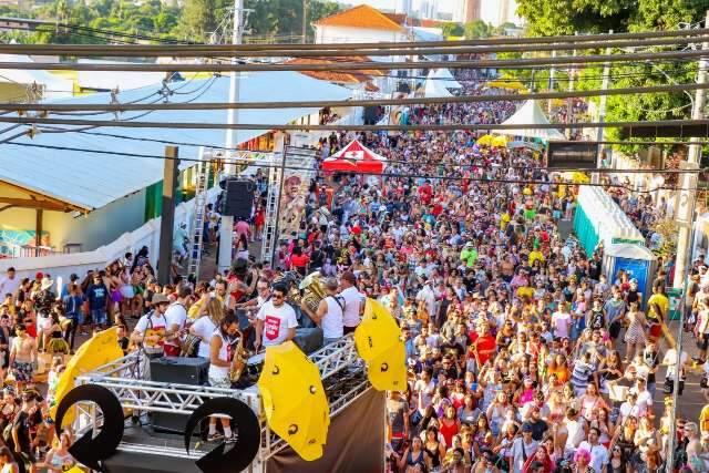 Decreto proíbe bailes e aglomerações nas ruas de MS durante Carnaval