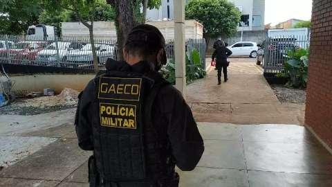Metade dos mandados de prisão em operação do Gaeco são contra presos