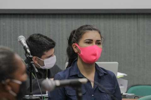 Sem esboçar reação, assassina do Táxi da Vovó ouve sentença de 21 anos de prisão