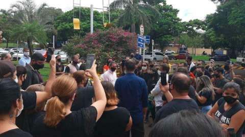 Prefeitura volta a liberar evento de até 120 pessoas
