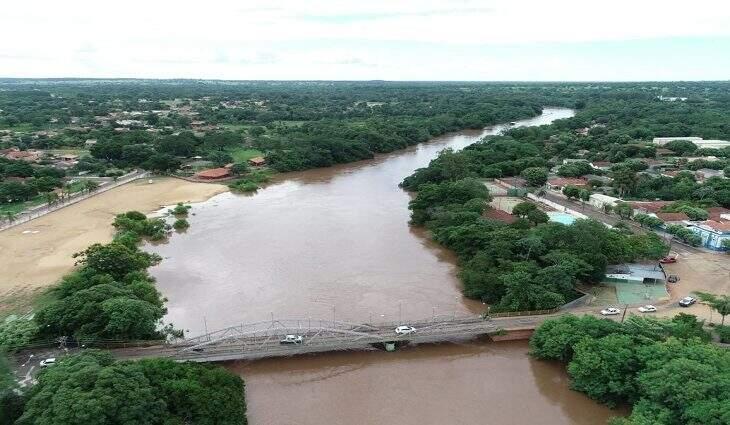 Monitoramento nos rios, como o Aquidauana, continuará. (Foto: Governo de MS)