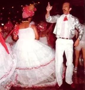 Edson durante folia de Carnaval em meados da década de 70 (Foto: Arquivo Pessoal)