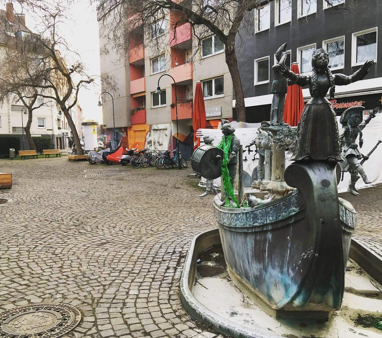 Nas ruas, Victor observou que o espírito carnavalesco não ficou perdido (Foto: Arquivo Pessoal)