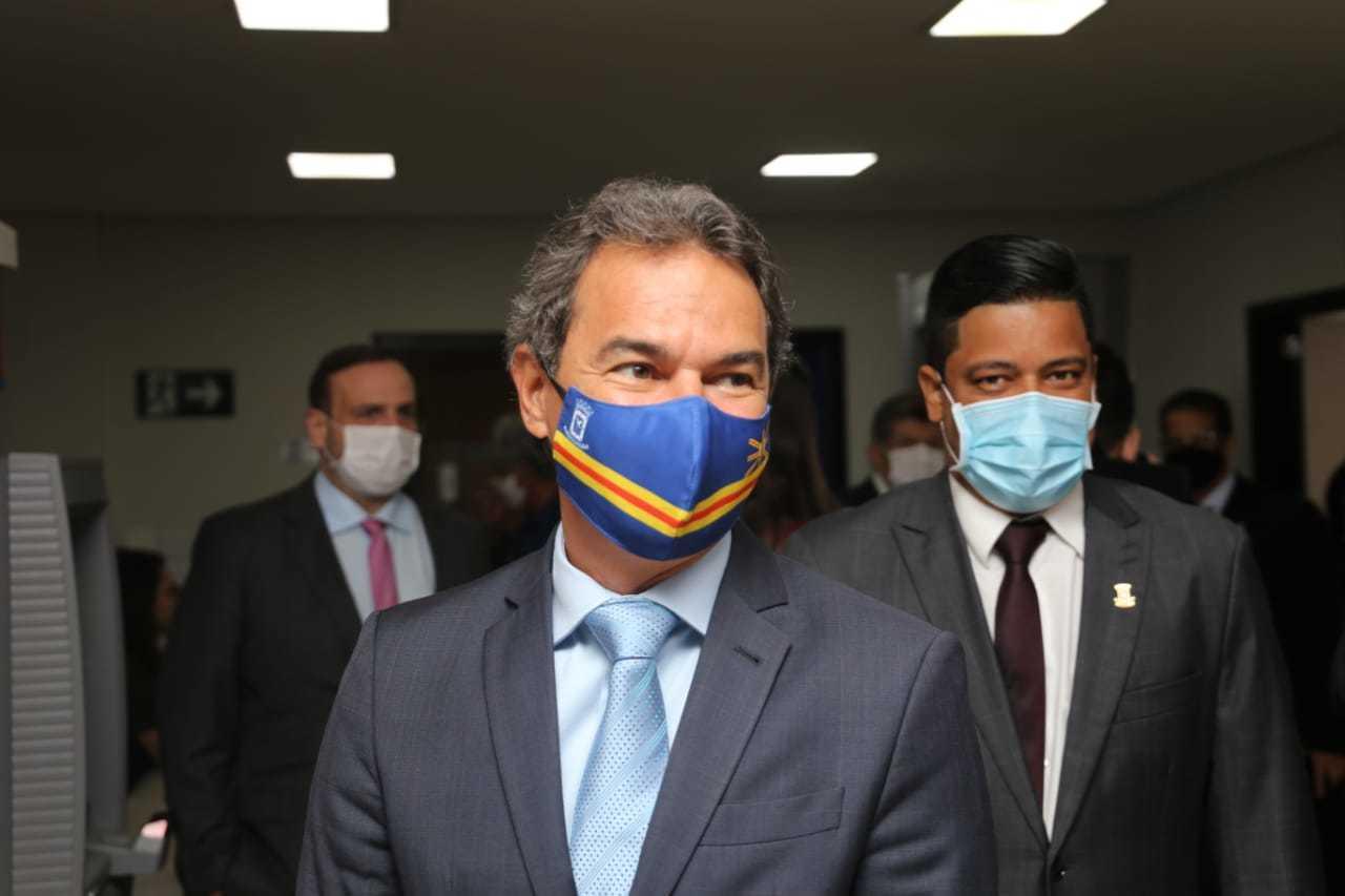 Na chegada à Câmara, Marquinhos fala da reestruturação (Foto: Paulo Francis)