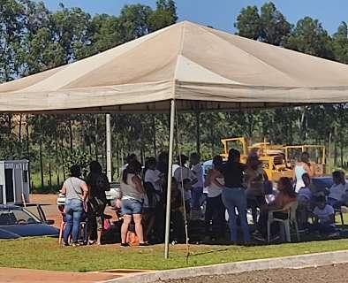 """Com greve de fome enfraquecida, agora parentes falam em acampar na """"Supermáxima"""""""