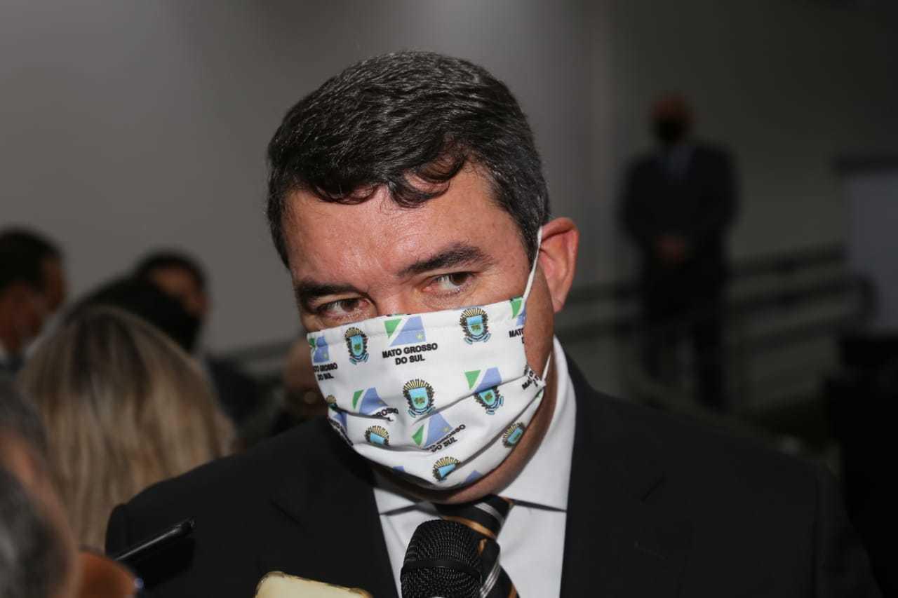Secretário de Gestão, Eduardo Riedel, representou governo na sessão inaugural da Câmara (Foto: Paulo Francis)