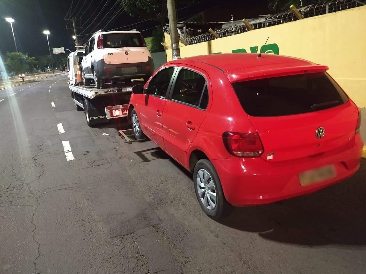 Veículos recolhidos durante blitz de trânsito em Campo Grande. (Foto: Divulgação)