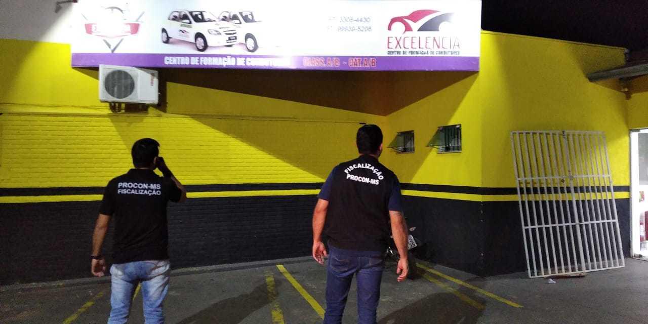 Autoescola localizada na Rua 13 de Maio, no centro de Campo Grande (Foto: Divulgação/Procon-MS)