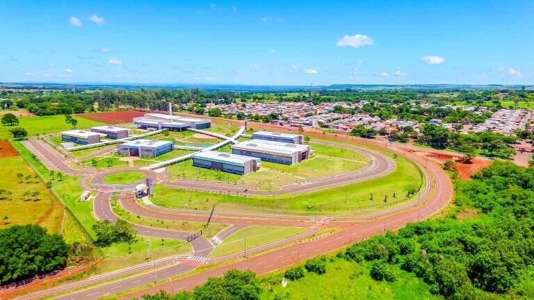 Vista aérea da unidade da Uems em Campo Grande. (Foto: Chico Ribeiro)
