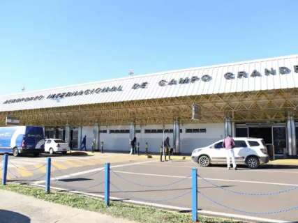 Bolsonaro oficializa aeroporto da Capital em plano de privatização