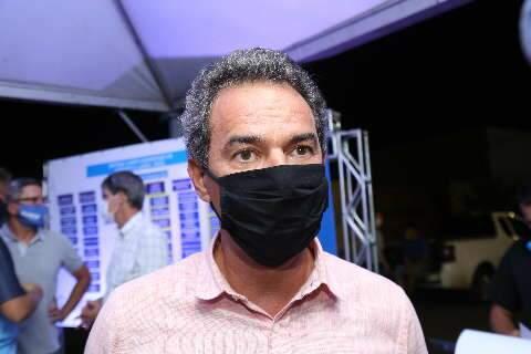 """""""Queremos comprar"""", diz prefeito após decisão do STF sobre vacinas"""