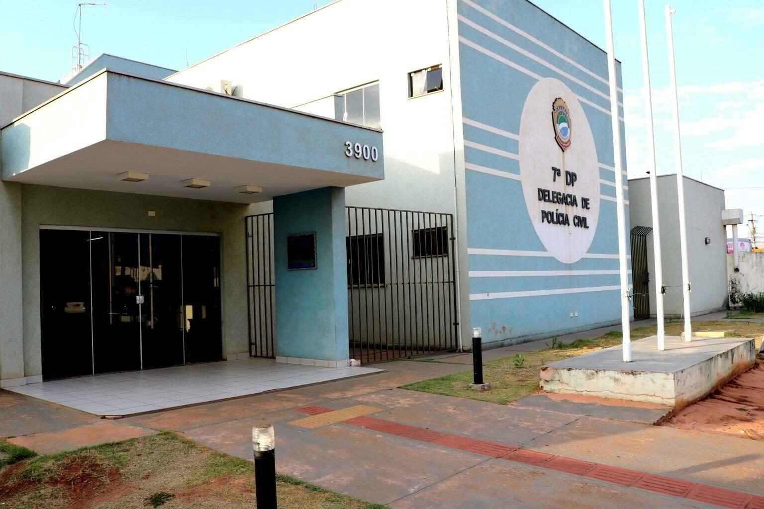 Sétima Delegacia de Polícia fica localizada na Avenida Júlio de Castilho. (Foto: Divulgação/PC)
