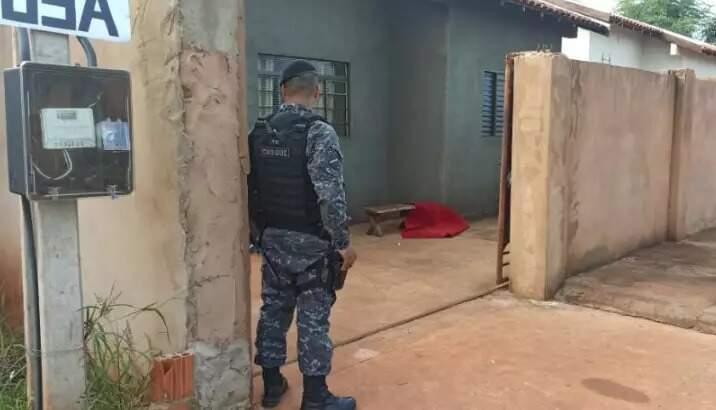 Local onde um dos envolvidos em plano contra delegado e sargento foi morto. (Foto: Direto das Ruas)