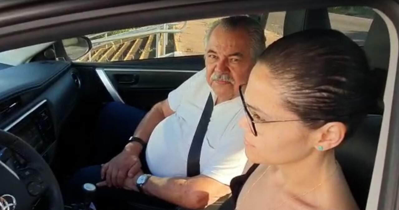 Roberto Barros chega à Seleta, alvo de ação da Polícia Federal em Campo Grande. (Foto: Reprodução)