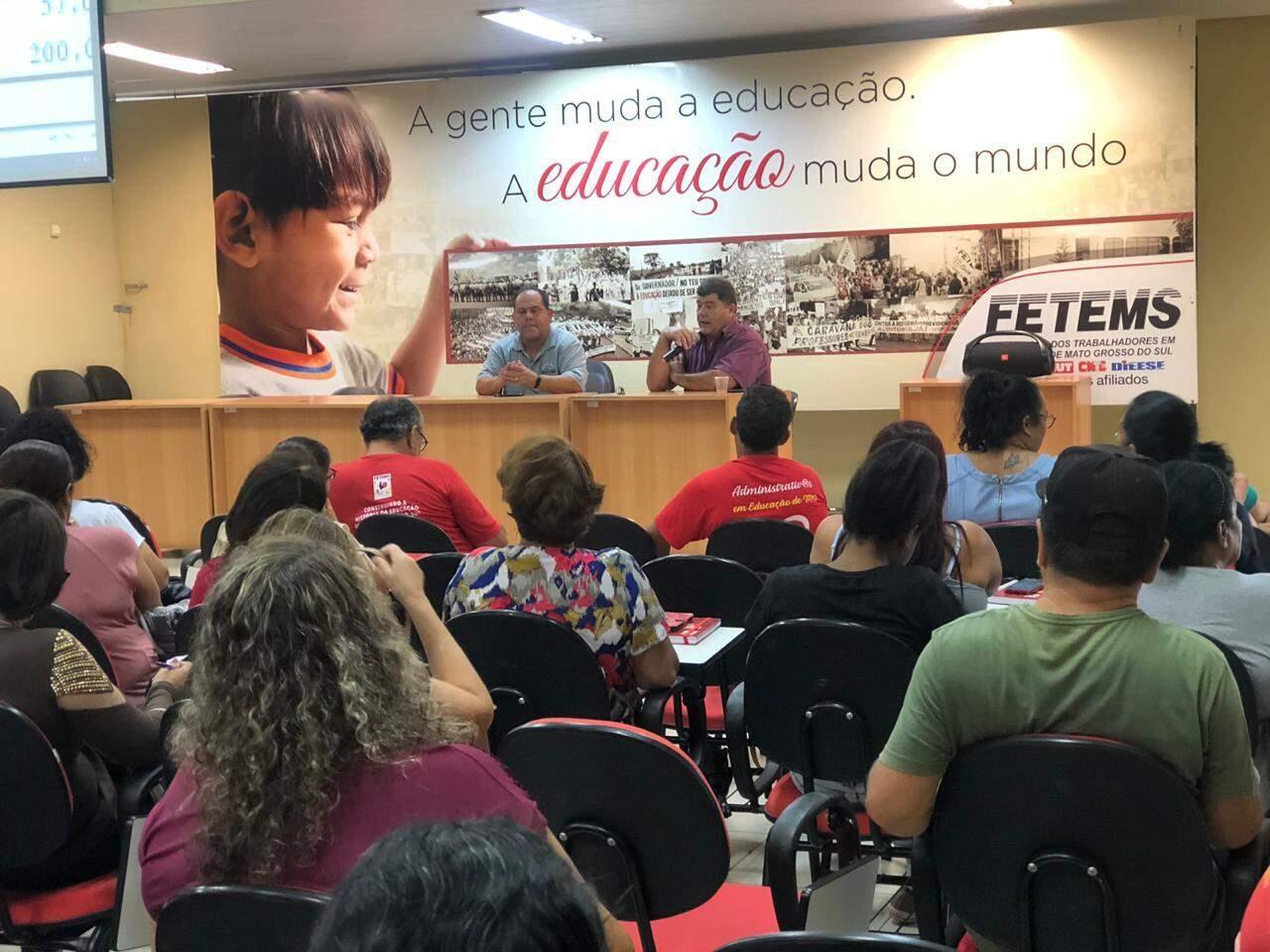 Evento reunindo professores, na Fetems, antes da pandemia de covid-19 (Foto: Ascom/Arquivo)