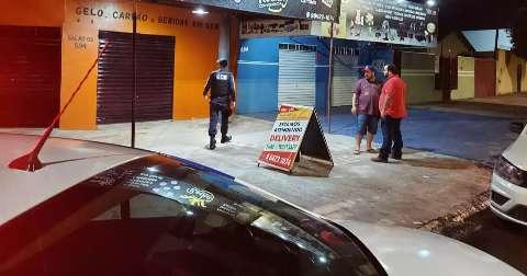 """Noite de sexta-feira  teve 5 lugares fechados e 253 encontrados """"na rua"""""""