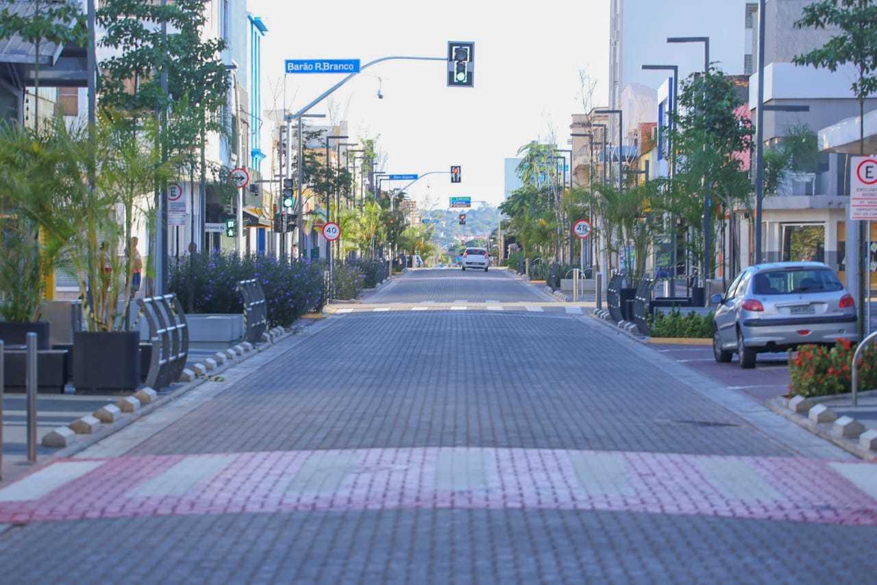 Ruas de Campo Grande ficaram praticamente desertas com fechamento das atividades promovidos há dois anos (Foto: Marcos Maluf/Arquivo/Campo Grande News)