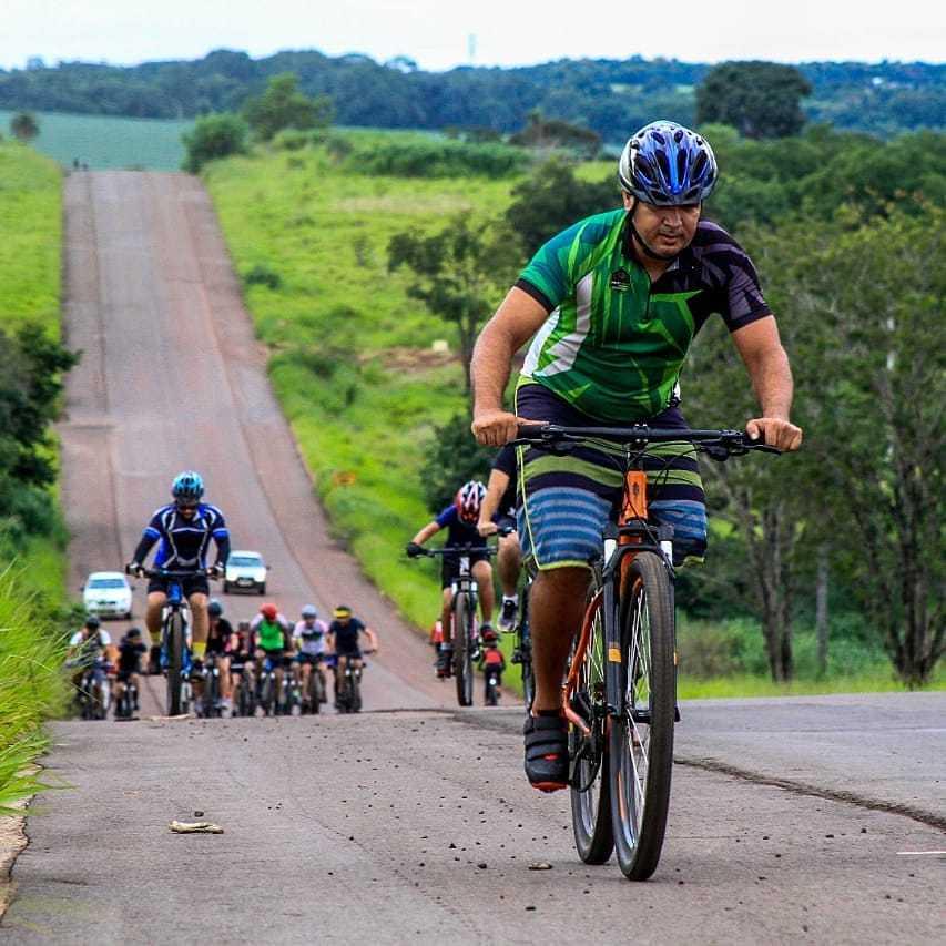 O ciclista Gilvan, 37 anos, faz trilhas com o grupo de pedal Canela de Fogo (Foto: Arquivo Pessoal)