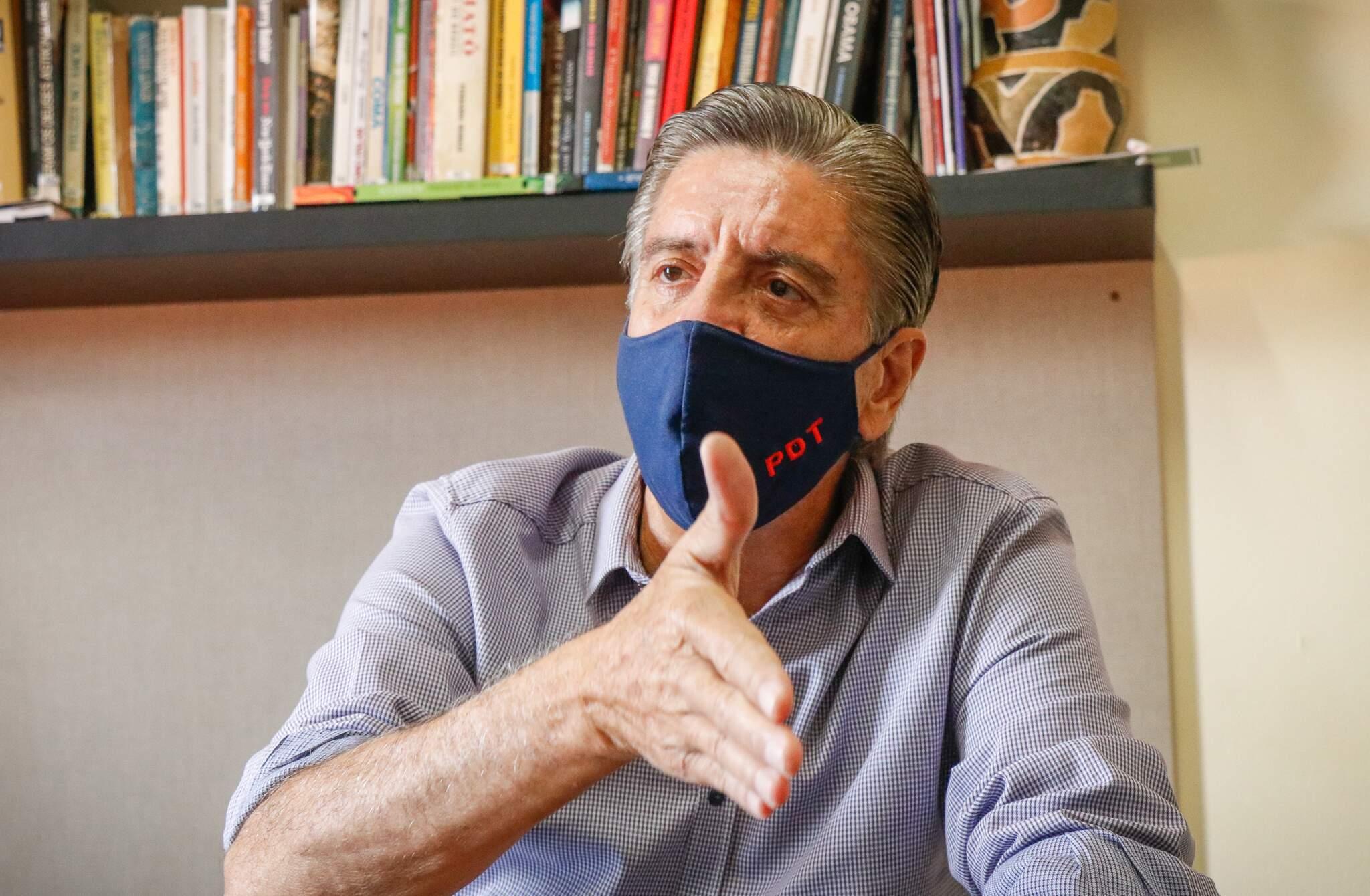 Deputado federal Dagoberto Nogueira em visita ao Campo Grande News nesta segunda-feira. (Foto: Henrique Kawaminami)