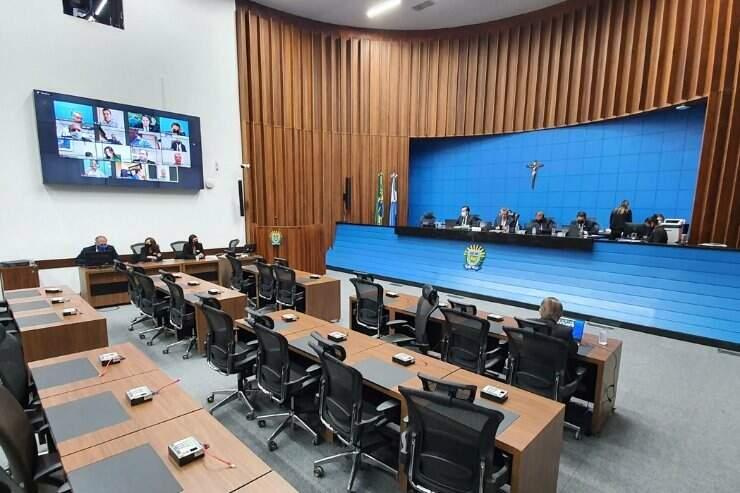 Deputados estaduais realizam sessão mista na plenário Júlio Maia (Foto Divulgação)