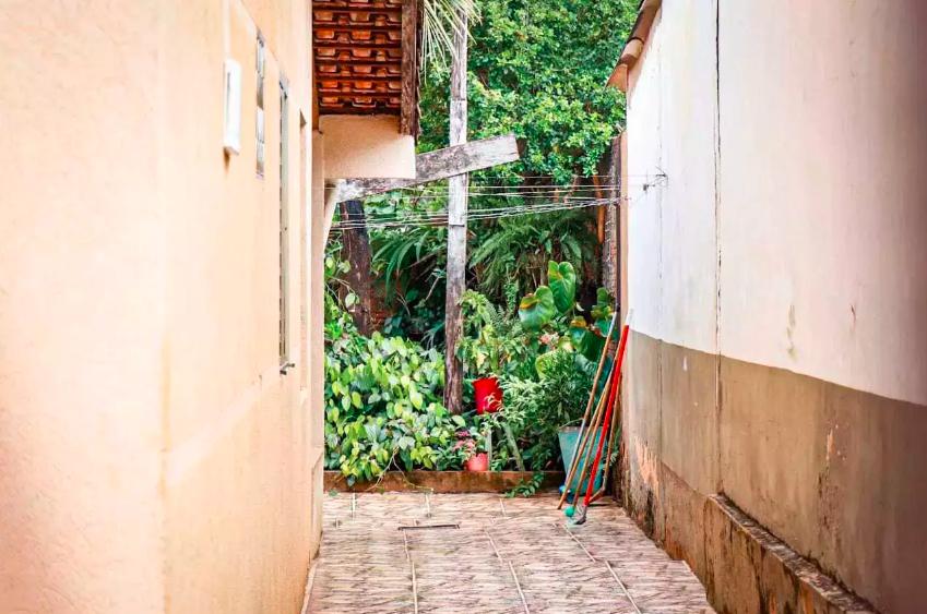 José foi encontrado nos fundos da casa da avó em Campo Grande (Foto: Henrique Kawaminami)